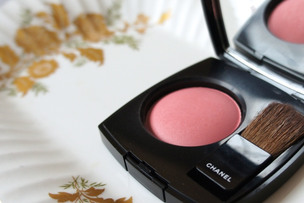Apricot rose. Chanel JC blush in Rose Initial.