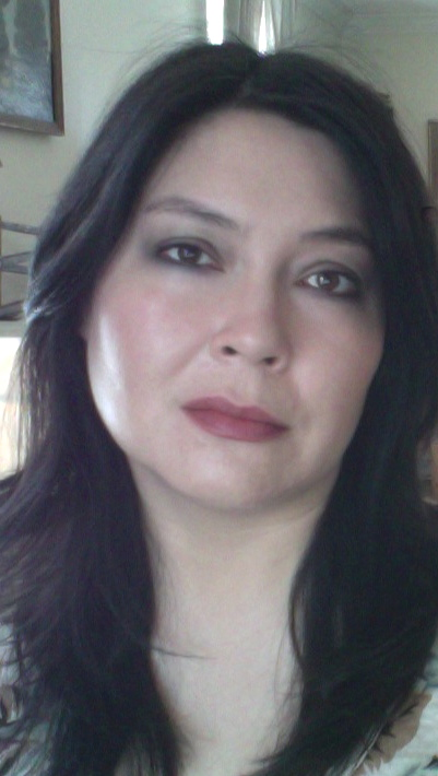 Basic face with Bobbi Brown Lip Color in Blackberry.
